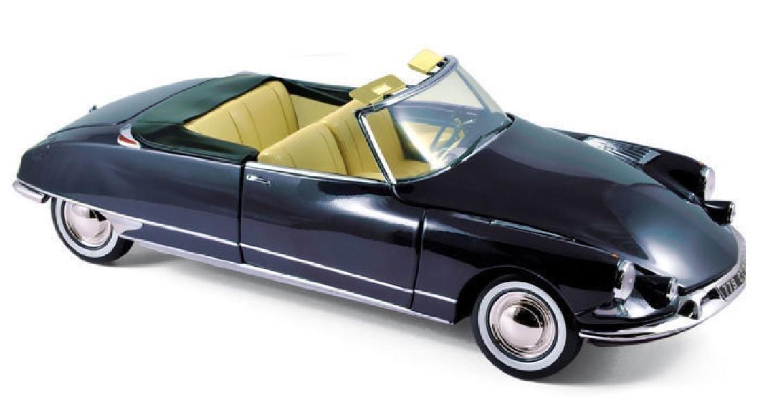 Norev Scale 1:18 Citroën DS 19 Cabriolet 1961 - 13