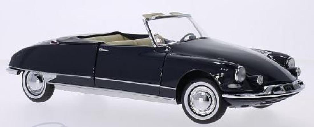 Norev Scale 1:18 Citroën DS 19 Cabriolet 1961 - 14