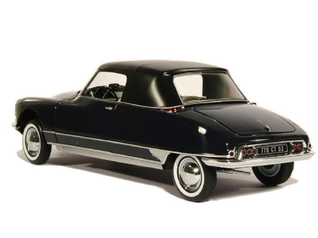 Norev Scale 1:18 Citroën DS 19 Cabriolet 1961 - 17
