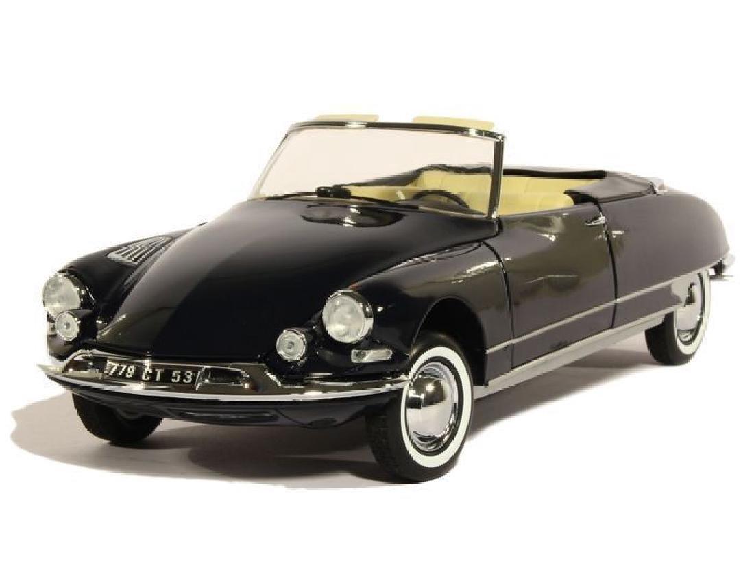 Norev Scale 1:18 Citroën DS 19 Cabriolet 1961