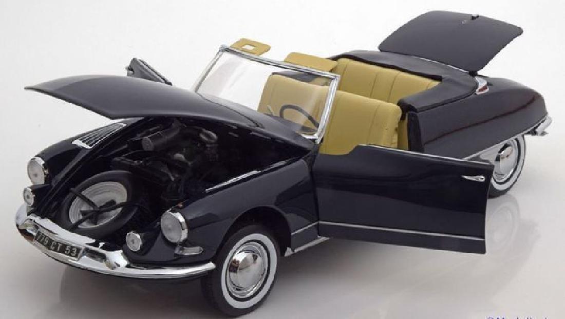 Norev Scale 1:18 Citroën DS 19 Cabriolet 1961 - 5