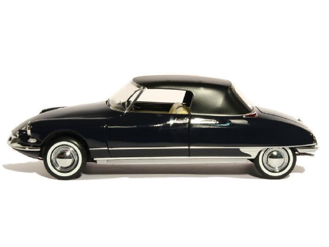 Norev Scale 1:18 Citroën DS 19 Cabriolet 1961 - 8