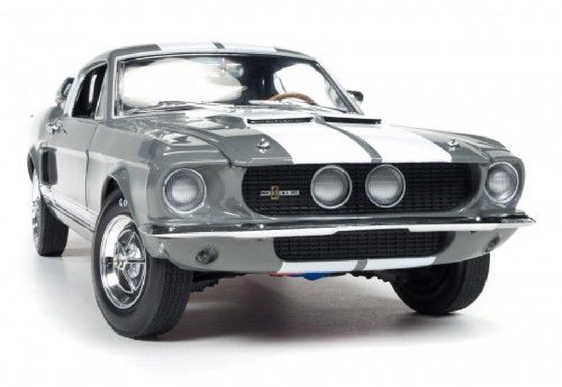 Auto World Scale 1:18 Shelby GT350 50 Anniversary 1967