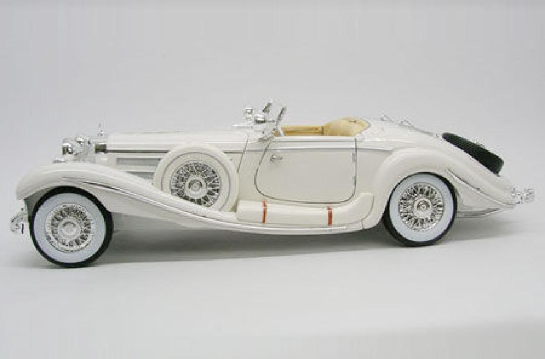 Maisto Scale 1:18 Mercedes-Benz 500 Specialroadster - 10