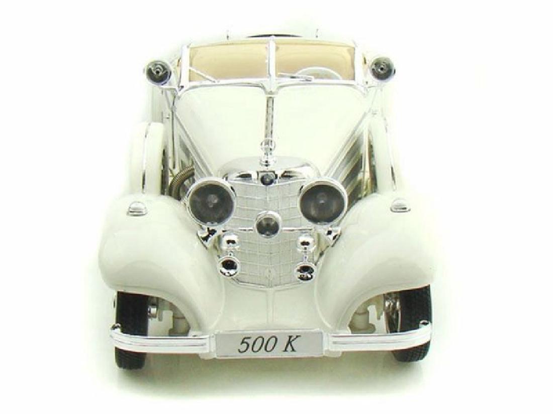 Maisto Scale 1:18 Mercedes-Benz 500 Specialroadster - 2