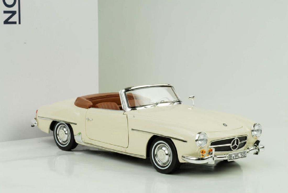 Norev Scale 1:18 Mercedes-Benz 190 SL 1957 - 3