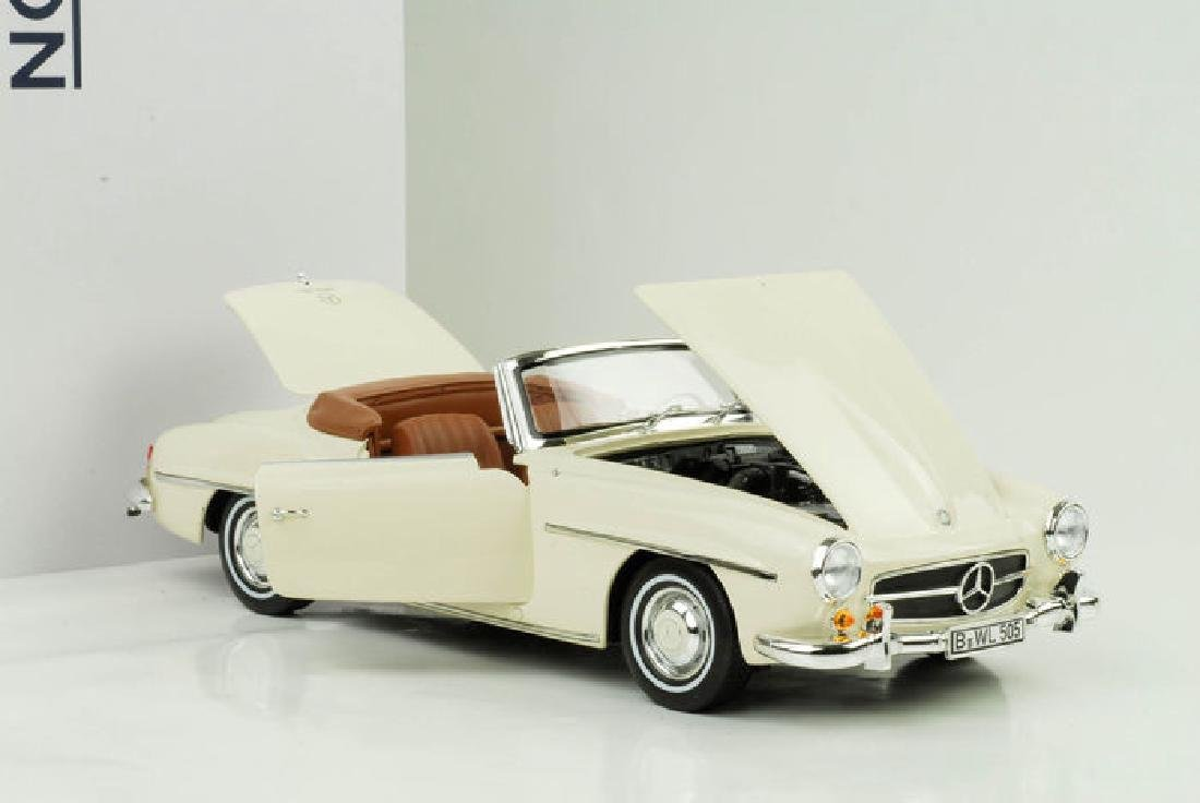 Norev Scale 1:18 Mercedes-Benz 190 SL 1957 - 4