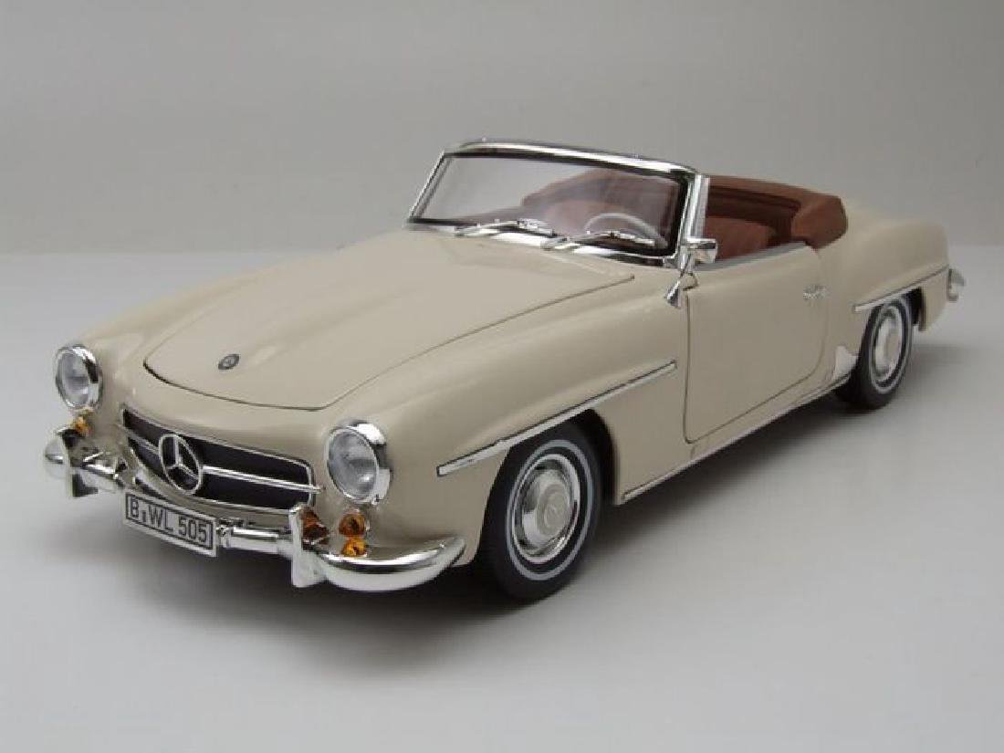 Norev Scale 1:18 Mercedes-Benz 190 SL 1957 - 8