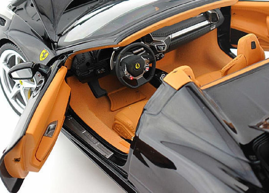 Hot Wheels Elite Scale 1:18 Ferrari 458 Spider - 8