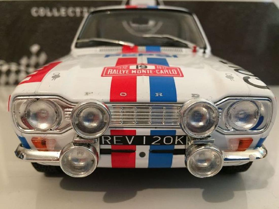 Triple 9 Collection Scale 1:18 Ford Escort MK1 19 Rally - 3