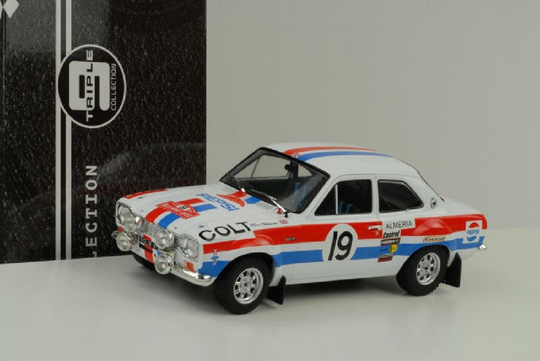 Triple 9 Collection Scale 1:18 Ford Escort MK1 19 Rally - 8