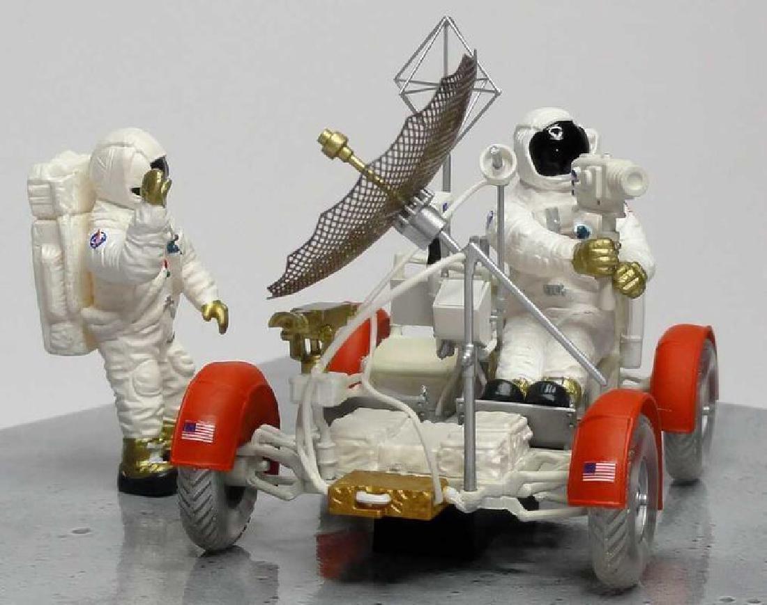 Minichamps Scale 1:43 LRV Moon Car Apollo 15 1971 - 2