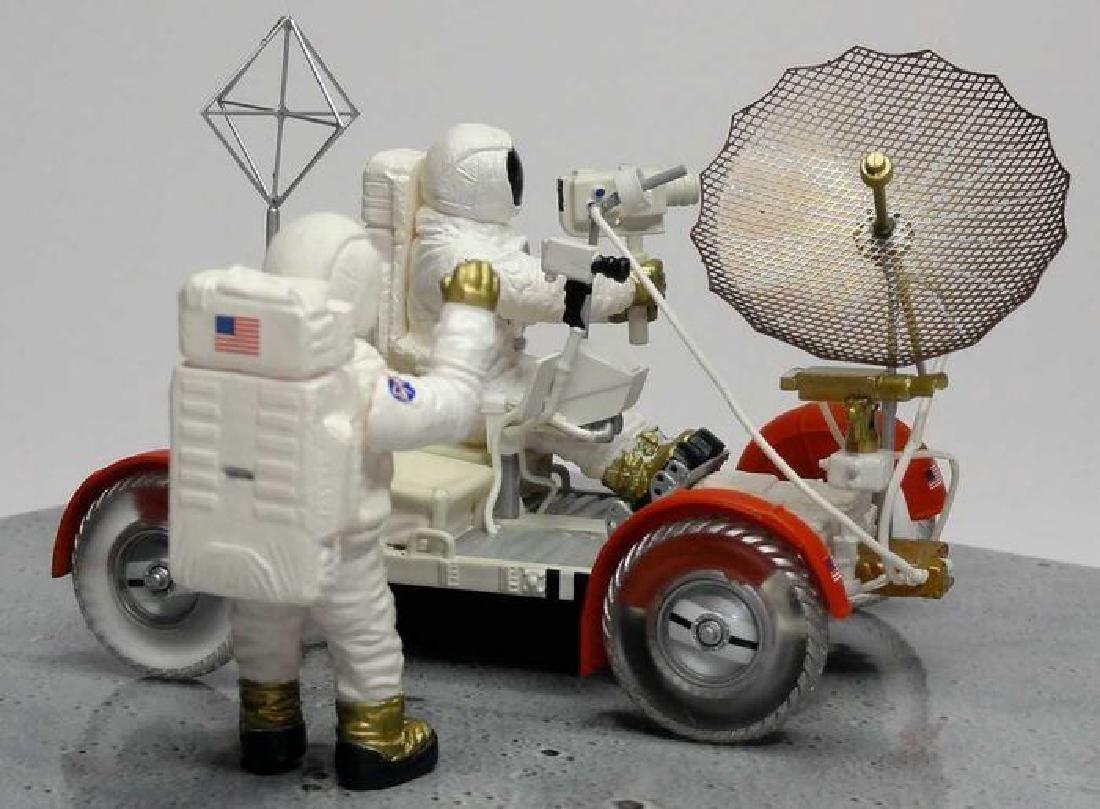 Minichamps Scale 1:43 LRV Moon Car Apollo 15 1971 - 5