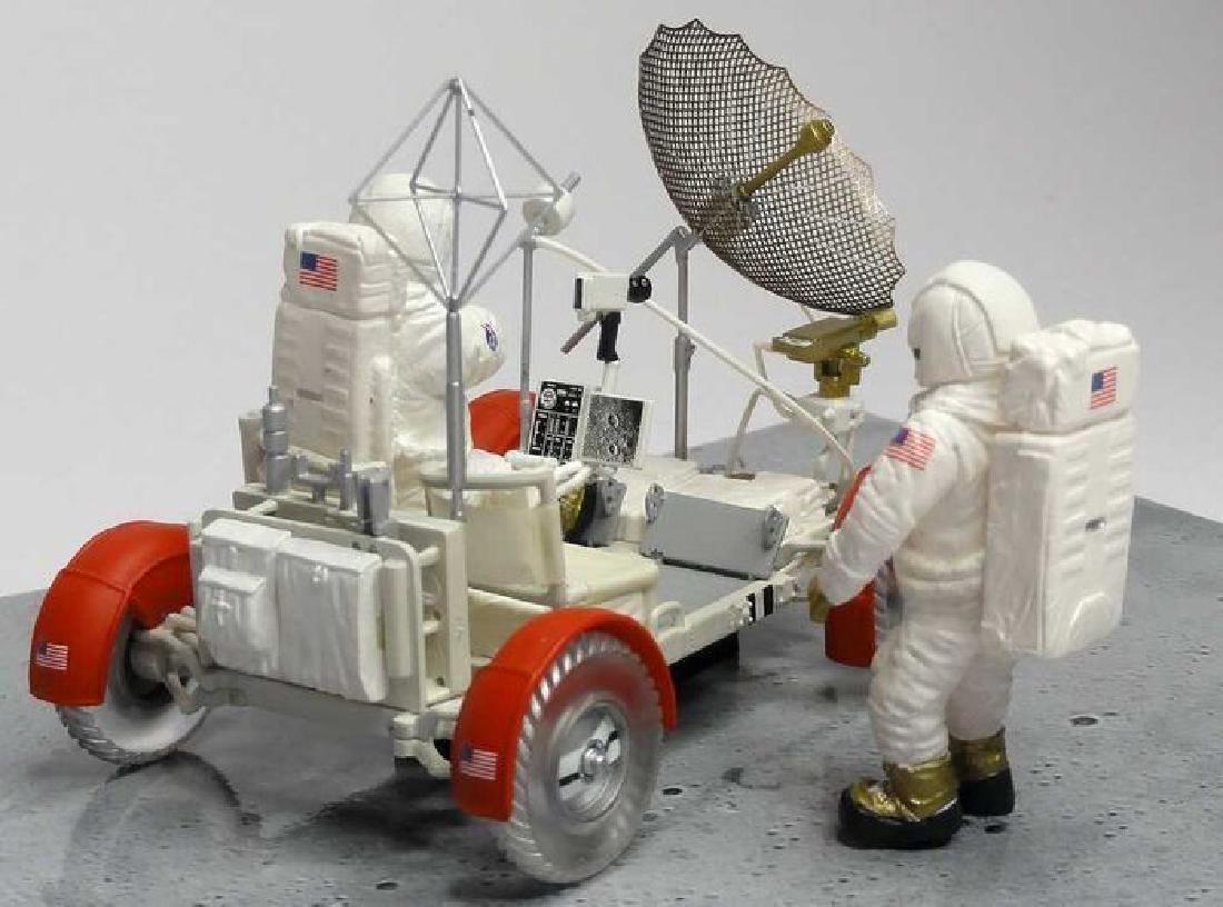 Minichamps Scale 1:43 LRV Moon Car Apollo 15 1971 - 6