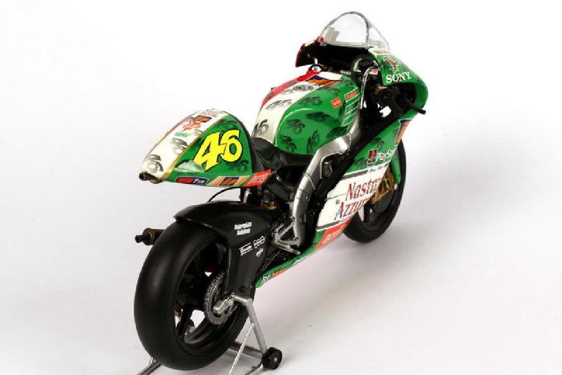 Minichamps Scale 1:12 Aprilia Team Aprilia Grand Prix - 10