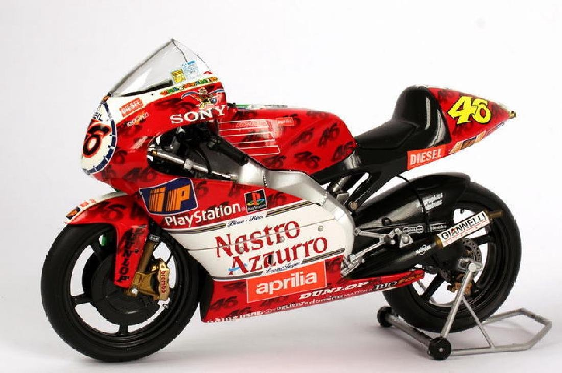 Minichamps Scale 1:12 Aprilia Team Aprilia Grand Prix - 4