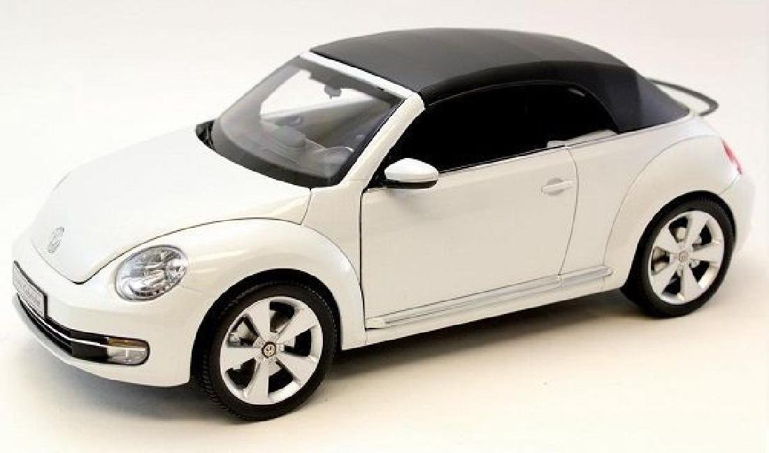 Kyosho Scale 1:18 Volkswagen The Beetle Convertible - 3