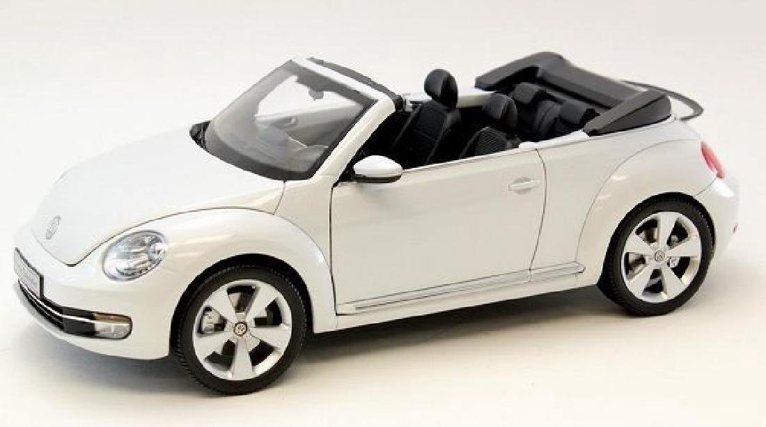 Kyosho Scale 1:18 Volkswagen The Beetle Convertible - 4