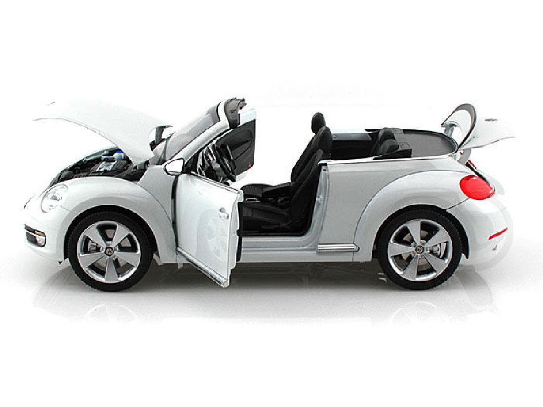Kyosho Scale 1:18 Volkswagen The Beetle Convertible - 6