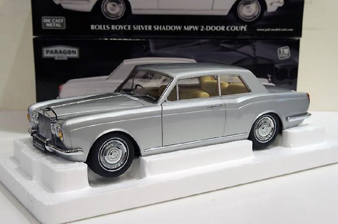Paragon Models Scale 1:18 Rolls-Royce Silver Shadow - 2