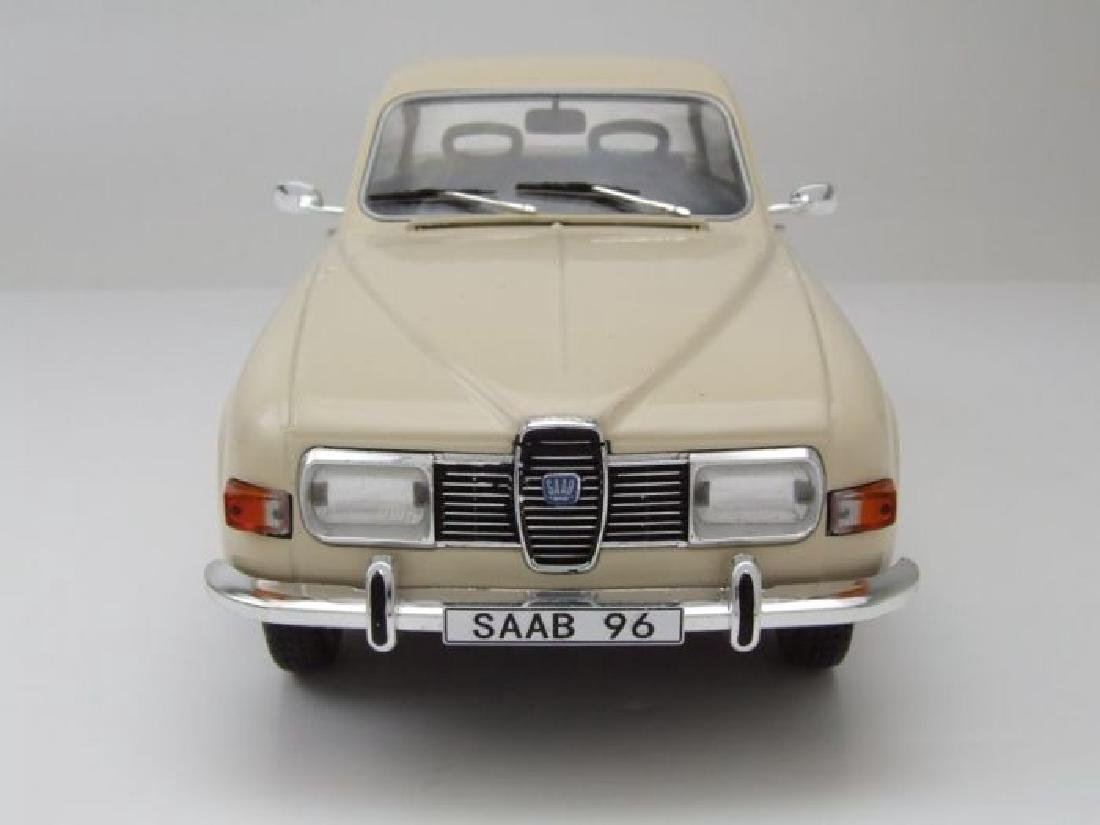 Model Car Group Scale 1:18 Saab 96 V4 - 2