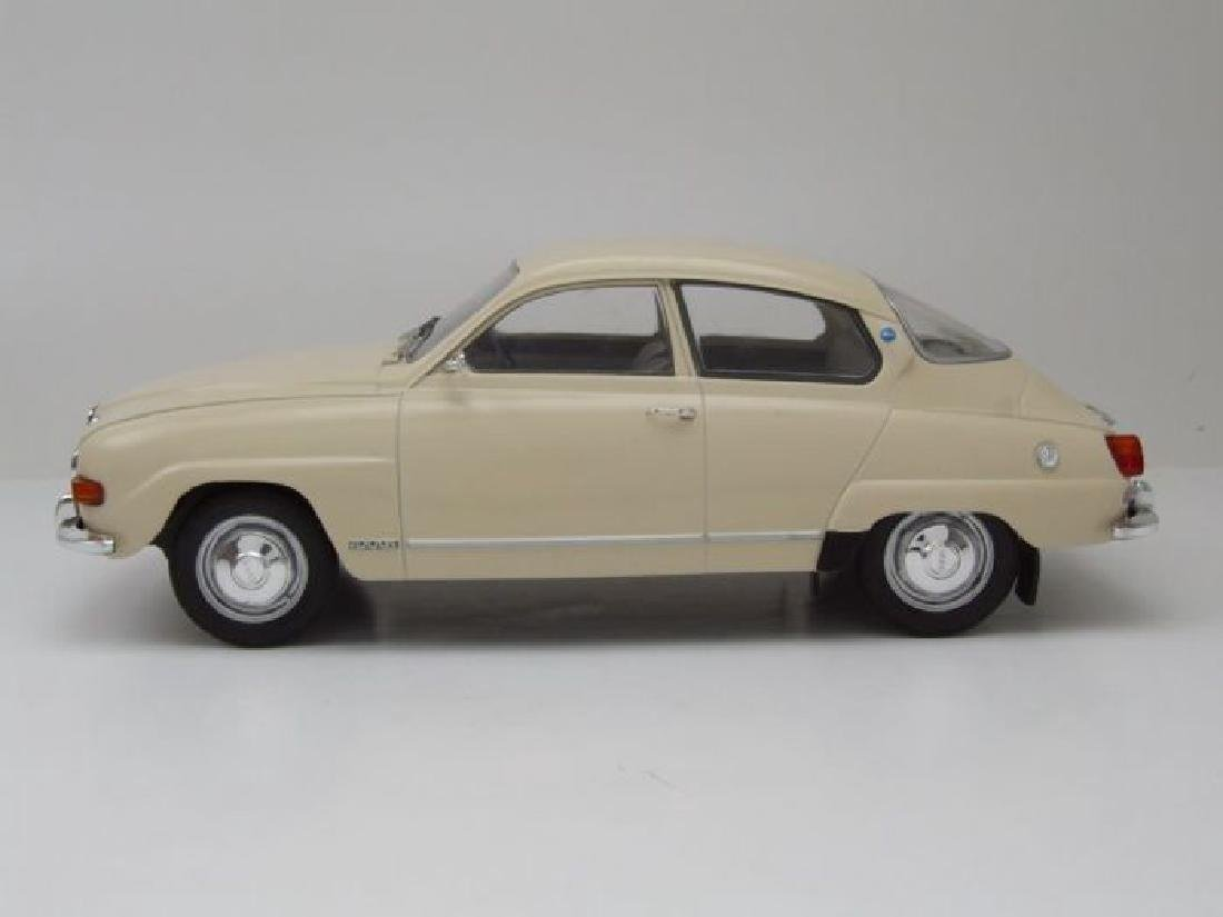 Model Car Group Scale 1:18 Saab 96 V4 - 5