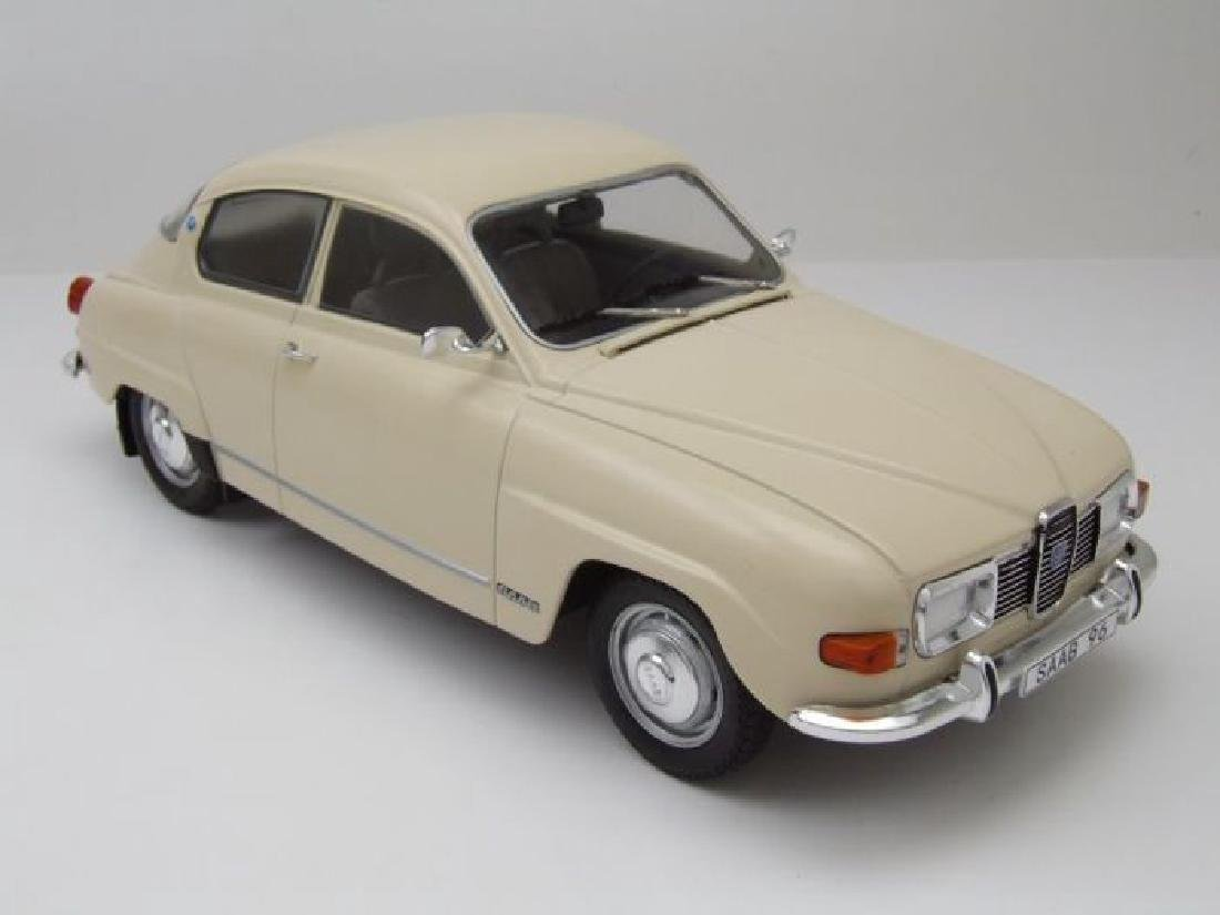 Model Car Group Scale 1:18 Saab 96 V4 - 8