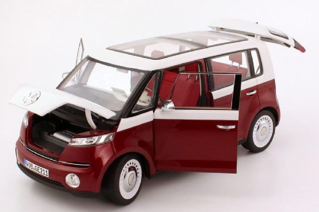 Norev Scale 1:18 Volkswagen Bulli - 3