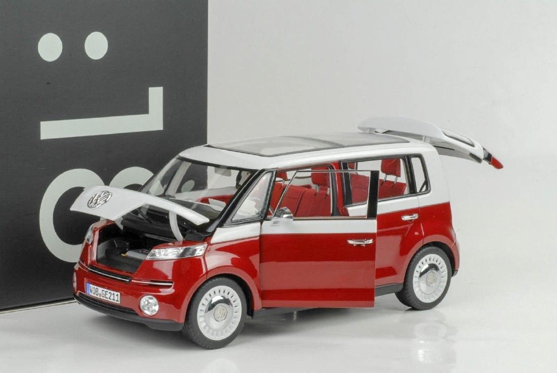 Norev Scale 1:18 Volkswagen Bulli - 7