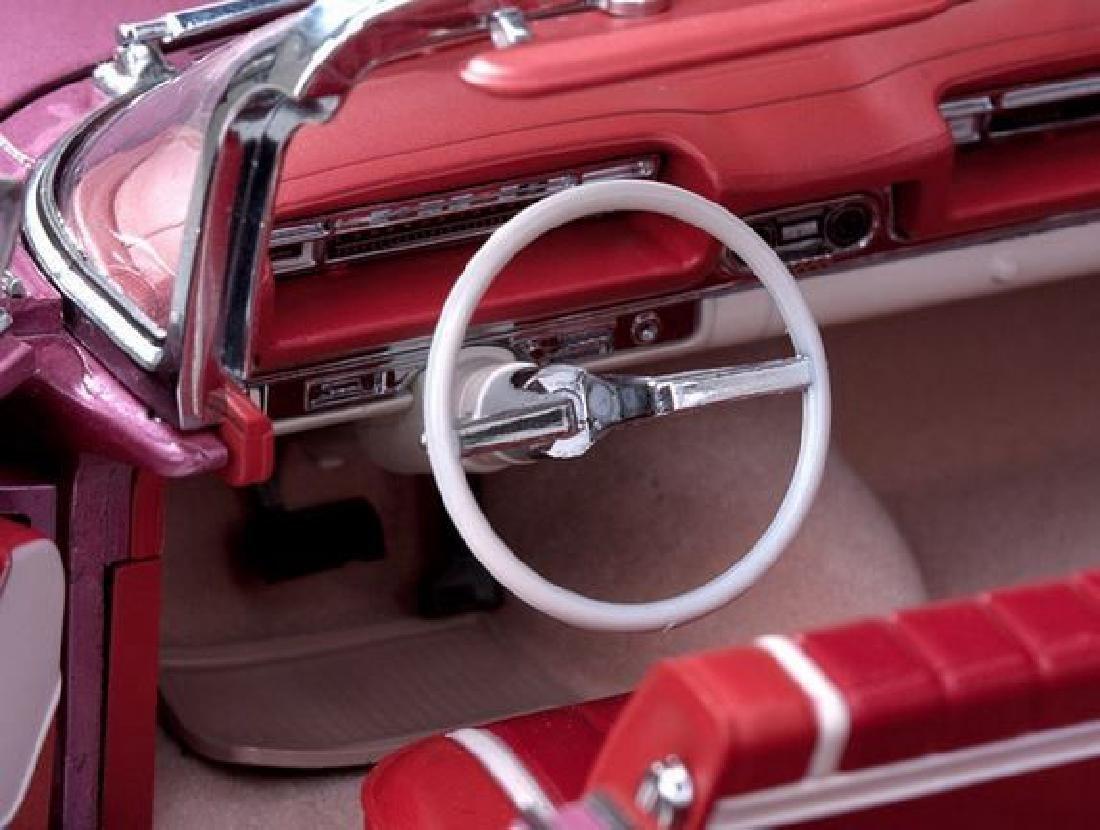 Sun Star Scale 1:18 Oldsmobile Open Convertible 1959 - 8