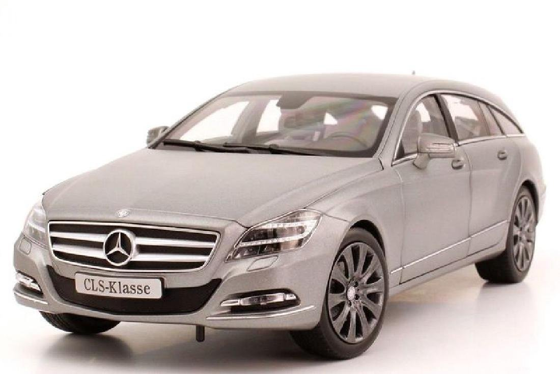 Norev Scale 1:18 Mercedes-Benz CLS-Class Shooting Brake