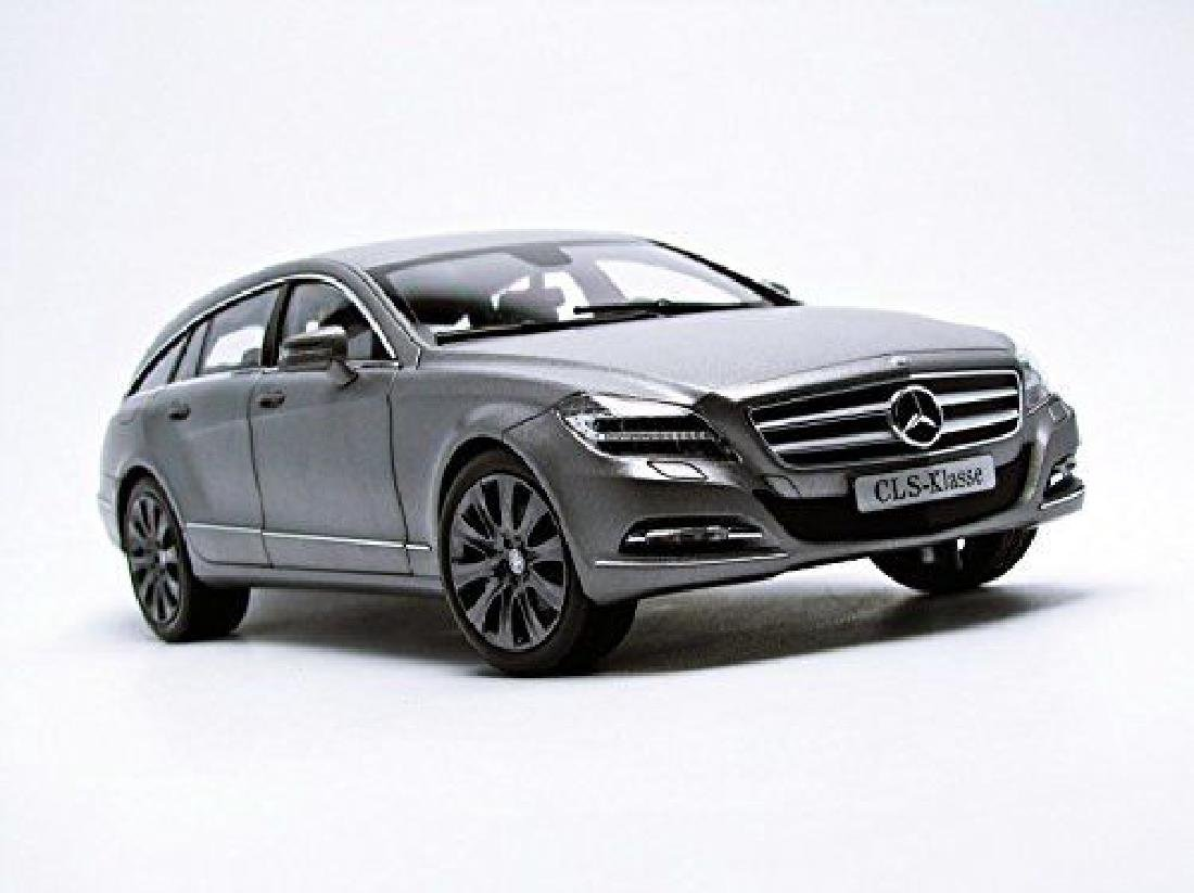 Norev Scale 1:18 Mercedes-Benz CLS-Class Shooting Brake - 2