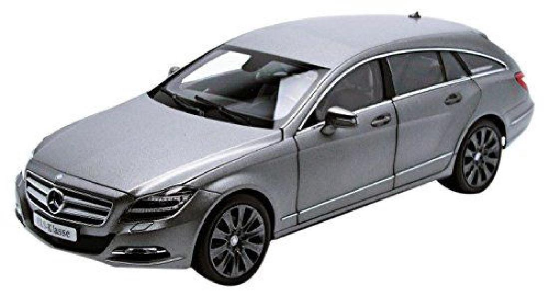 Norev Scale 1:18 Mercedes-Benz CLS-Class Shooting Brake - 3
