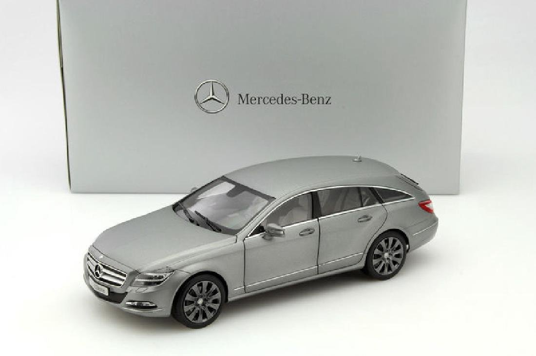 Norev Scale 1:18 Mercedes-Benz CLS-Class Shooting Brake - 6