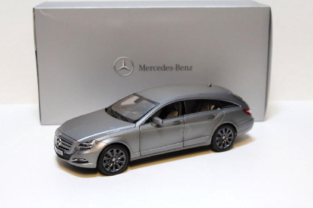 Norev Scale 1:18 Mercedes-Benz CLS-Class Shooting Brake - 7