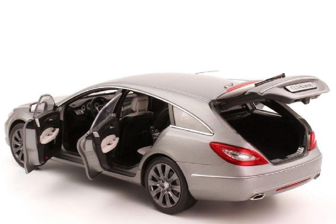 Norev Scale 1:18 Mercedes-Benz CLS-Class Shooting Brake - 9