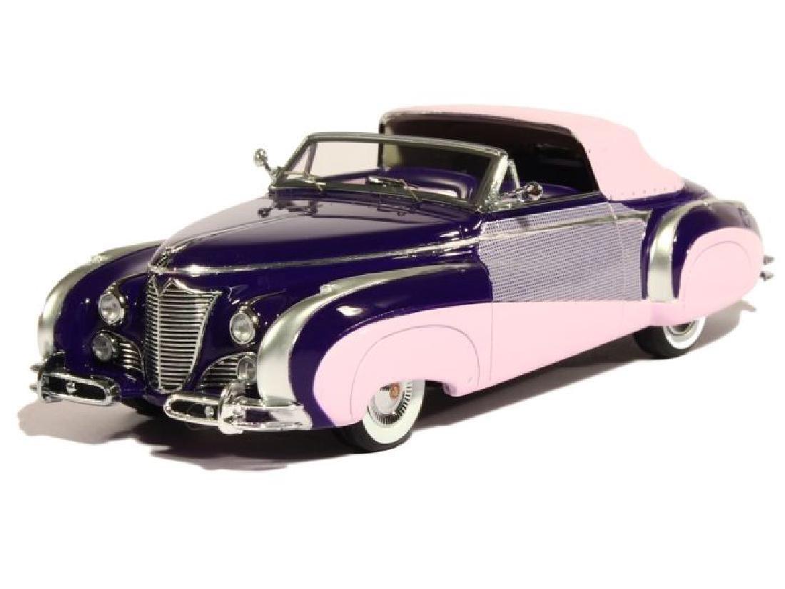 Minichamps Scale 1:43 Cadillac Series 62 Saoutchik