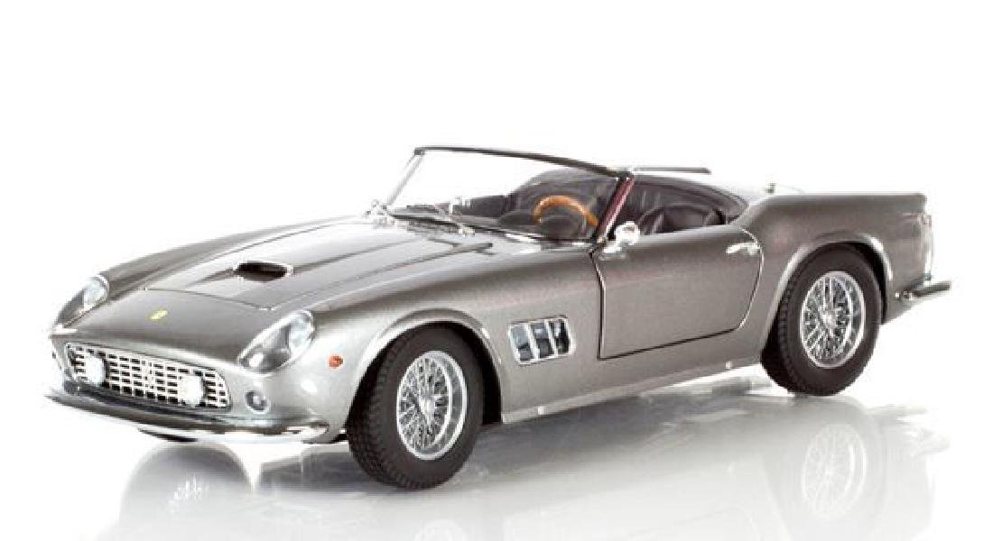 Hot Wheels Elite Scale 1:18 Ferrari 250 Cali Spider - 3
