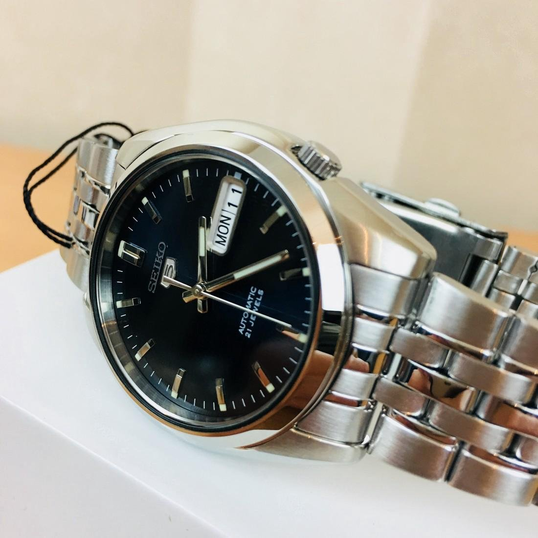 SEIKO 5 Men's Automatic Watch Brand New with Box - 2