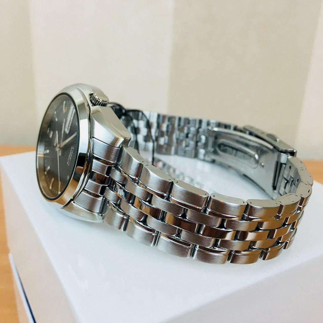 SEIKO 5 Men's Automatic Watch Brand New with Box - 3