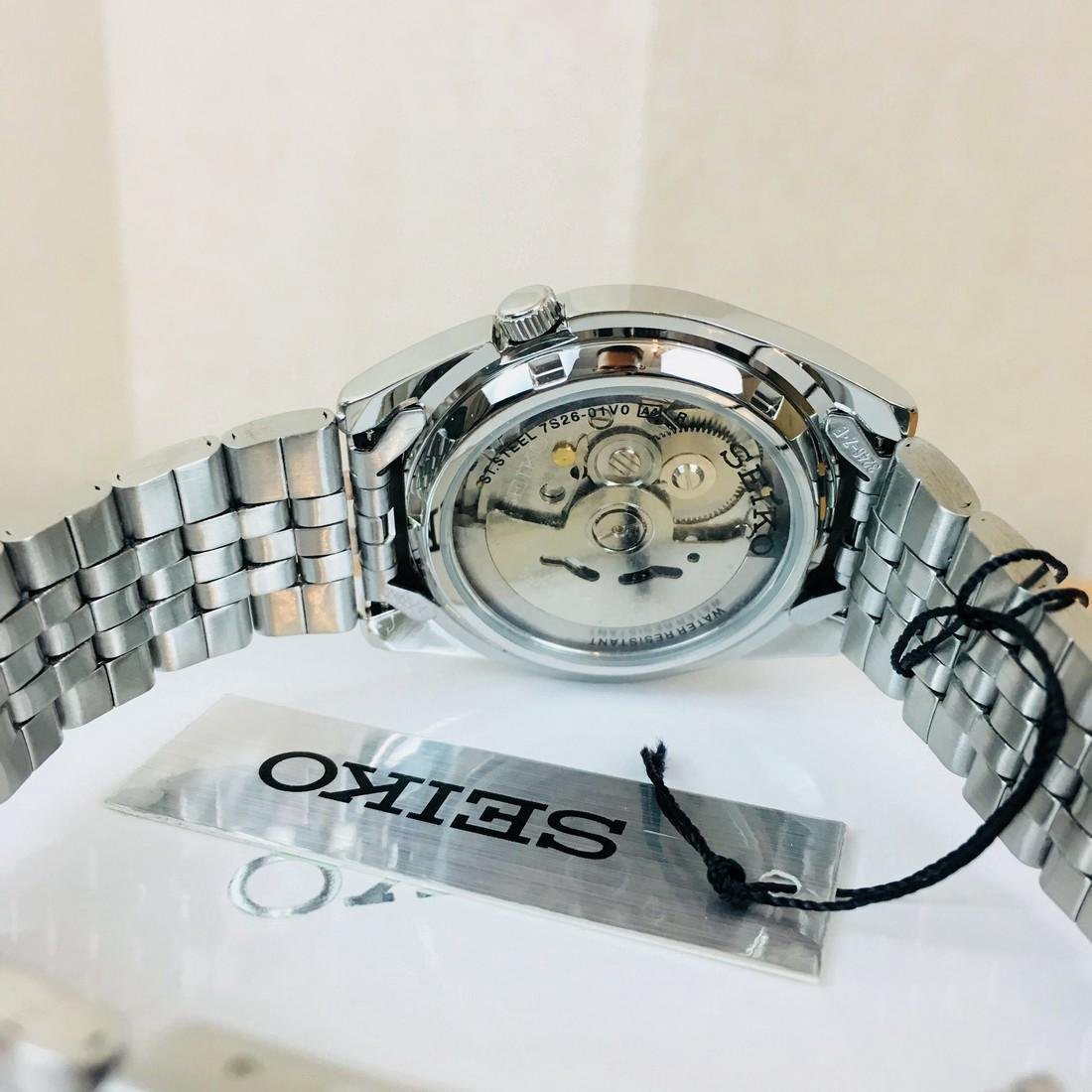 SEIKO 5 Men's Automatic Watch Brand New with Box - 5