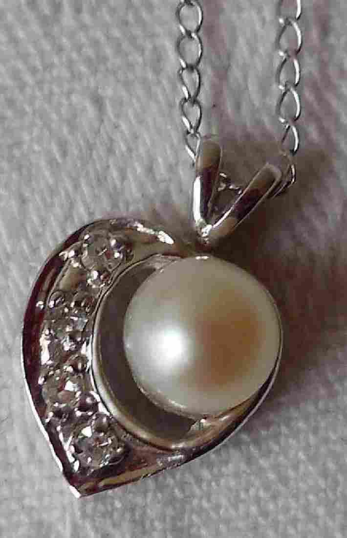 Vintage 14K White Gold Diamond Pearl Necklace