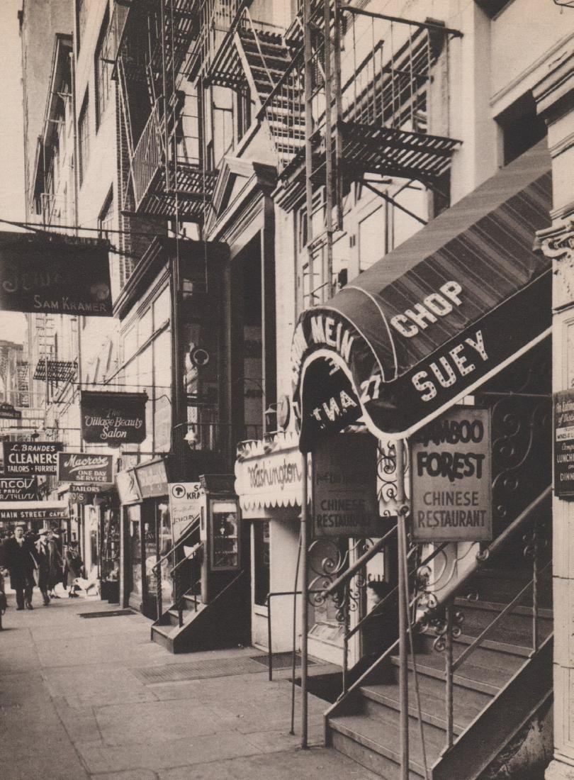 BERENICE ABBOTT - Eighth street shopping District