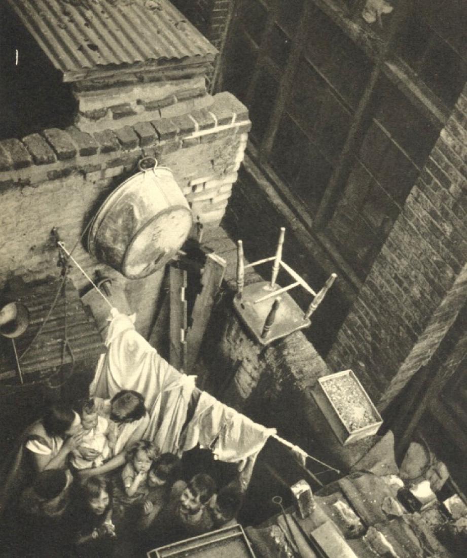 EDITH TUDOR HART - London slum
