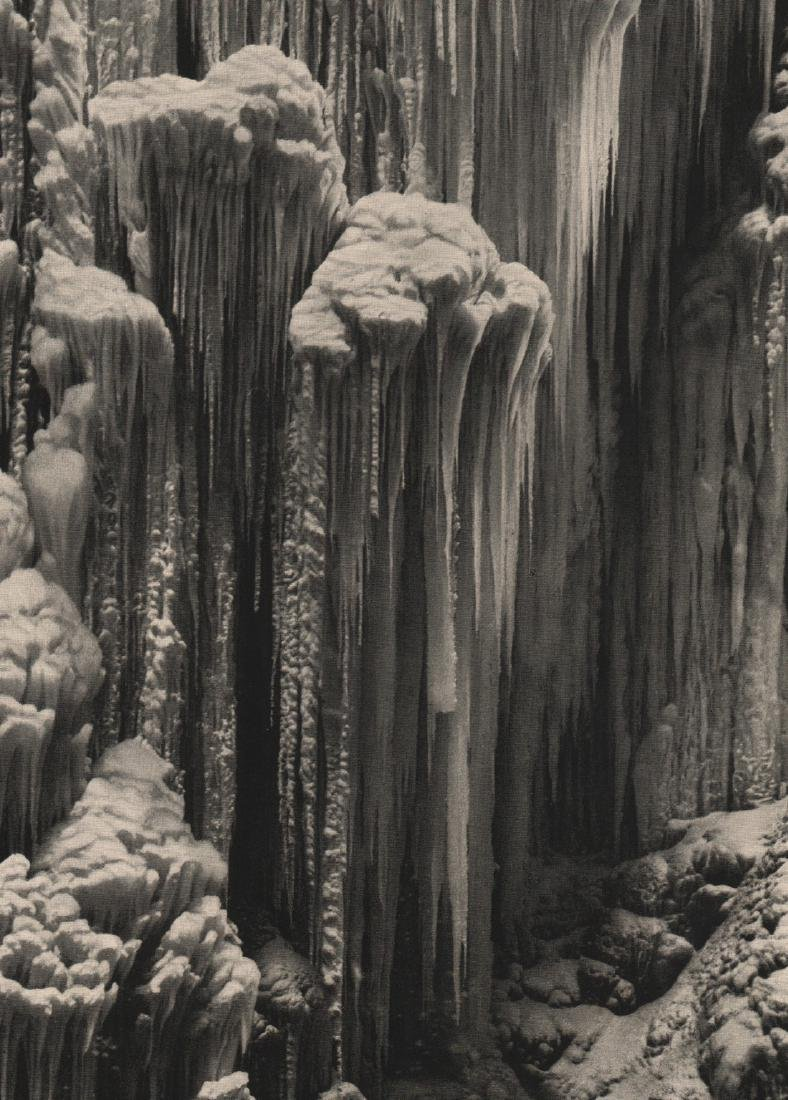 PAUL W. JOHN -  Icicles
