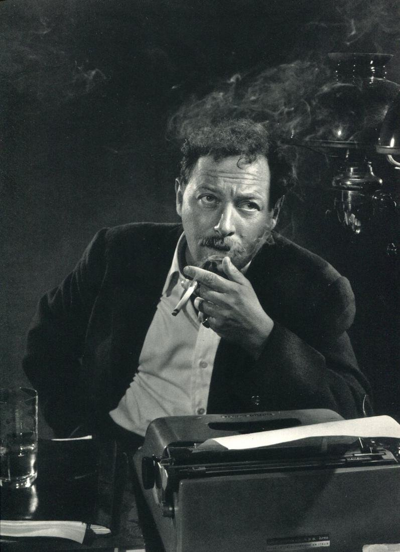 YOUSUF KARSH - Tennessee Williams