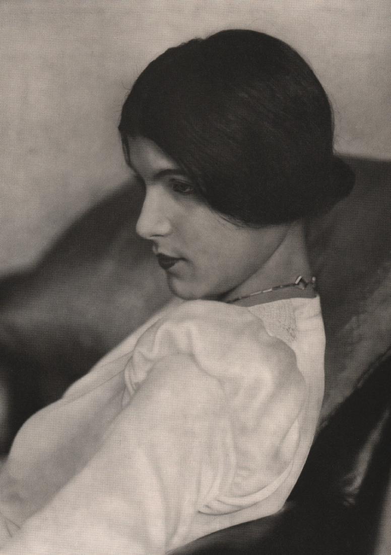 ALI KOCH-  Portrait