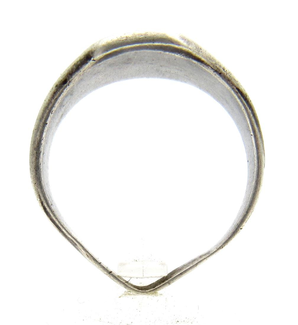 Post Medieval Silver Hallmarked Ring - 3