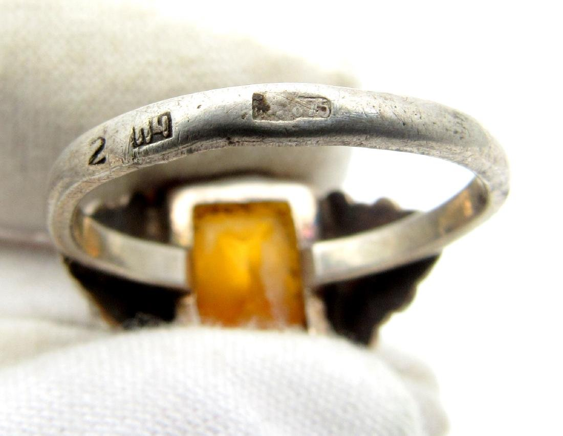 Post Medieval Silver Hallmarked Ring with a Gem - 4