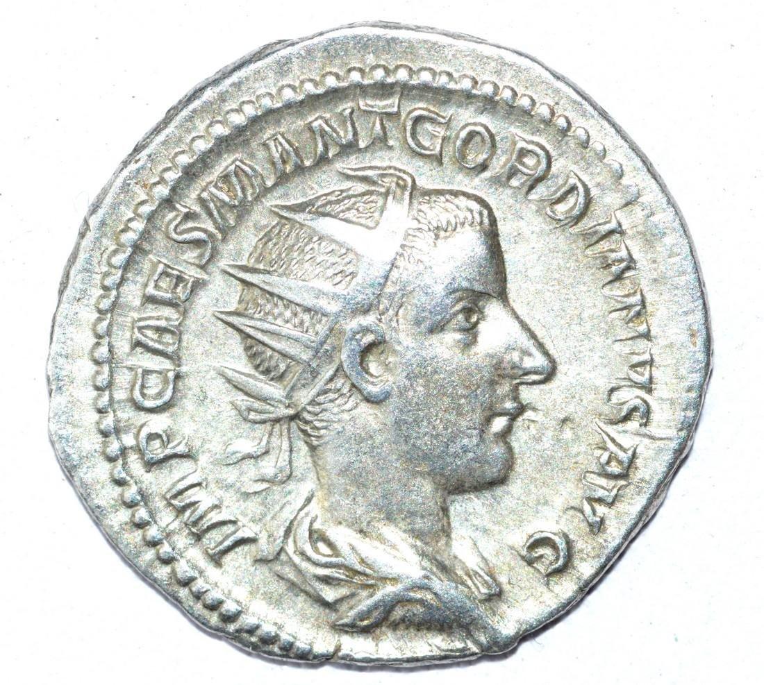 Gordian III AR Antoninianus, rv. Liberalitas